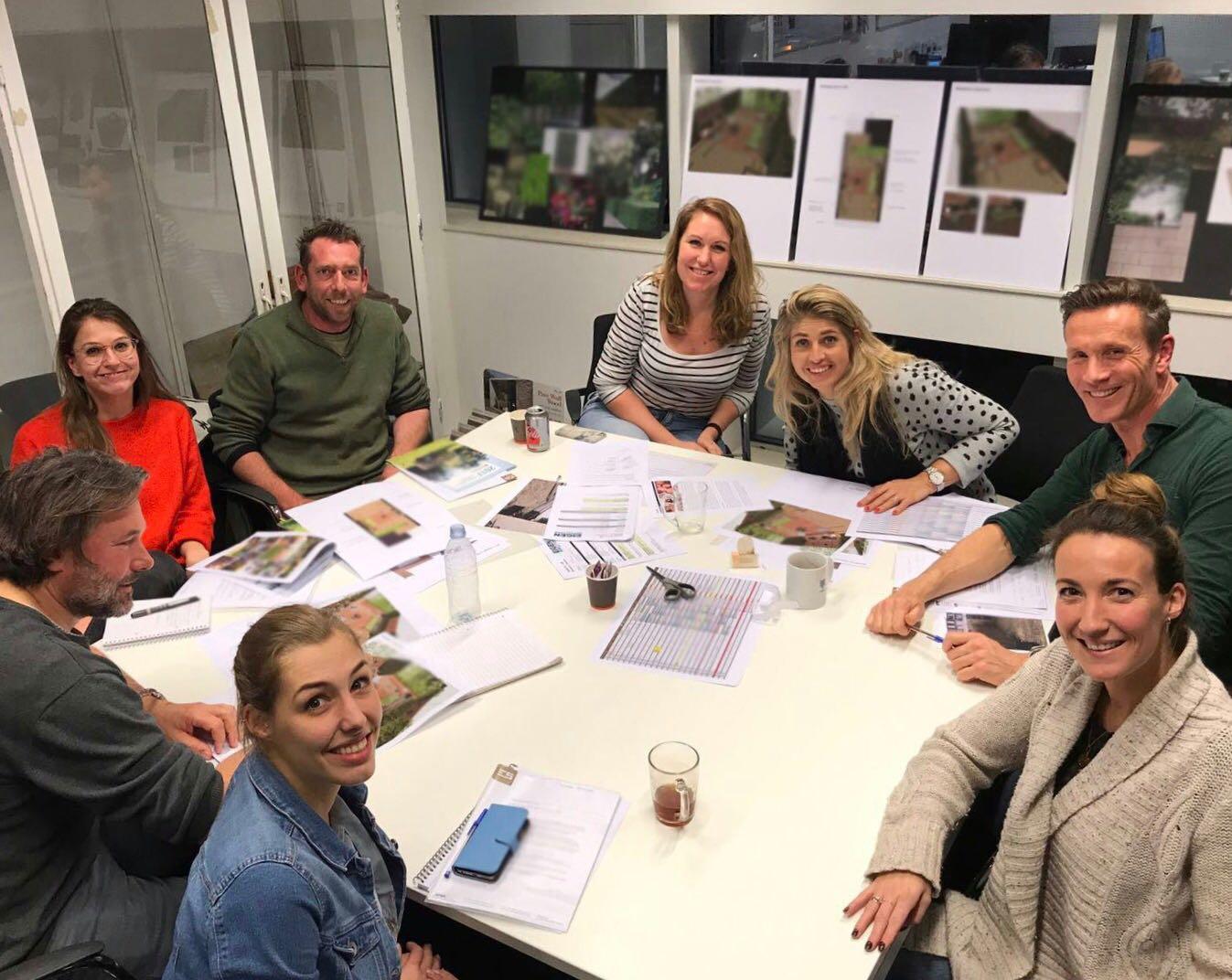 Presentatie nieuwe tv tuin erwin stam tuinstudio erwin for Eigen huis en tuin cast